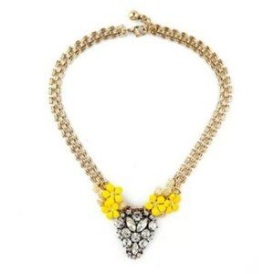 Daisy Flower Crystal Vintage Gold Pendant Necklace